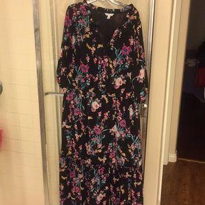 Maxi 3x flora dress, vneck